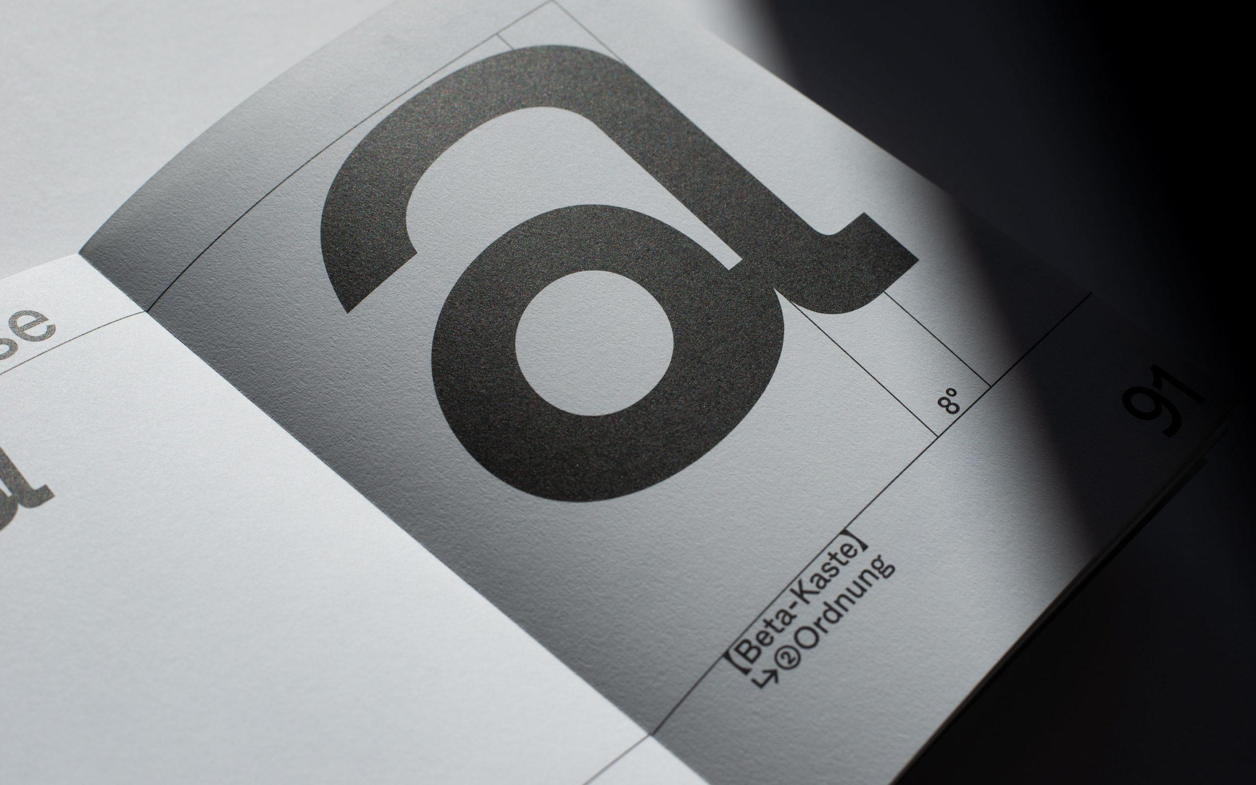 Alpha Epsilon - Beta Font